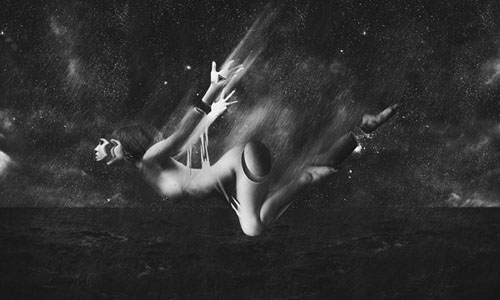 Make a stunning black white falling scene in photoshop