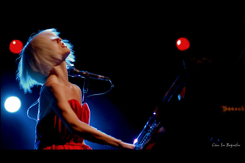 _tori_amos_by_front_stage_30