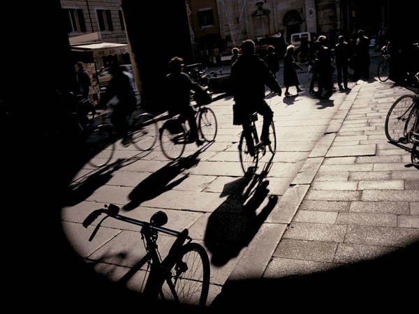 bicyclists-italy-allard_26738_990x742_2