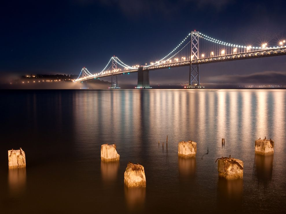 golden-gate-bridge-embarcadero_30729_990x742