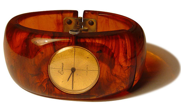 Bakelite Watch_21