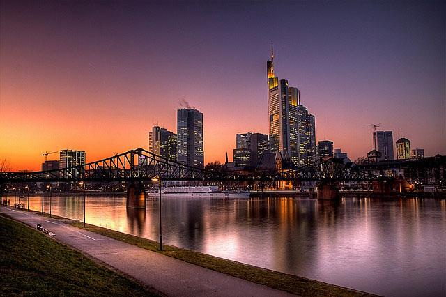 frankfurt_skyline_17