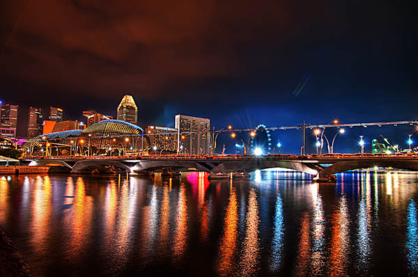 warm_summer_night_singapore_4