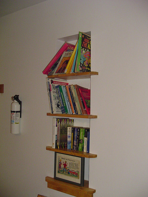 inset_bookcase_10