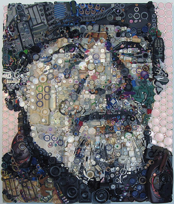 Artistic-Recycled-Art-Work-Designs-Photos-10
