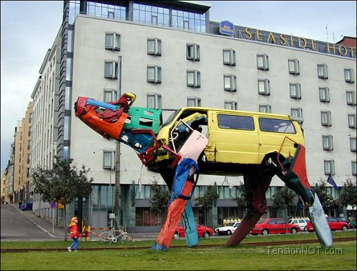 Recycled-Car-Art-15