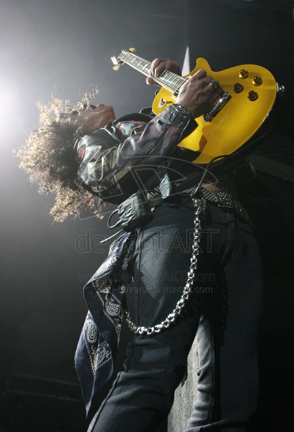 Slash_by_Ben_Lavers_17
