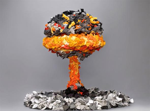 atom_bomb_25