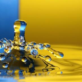 The Art of Freezing Time : High-Speed Splash Photography