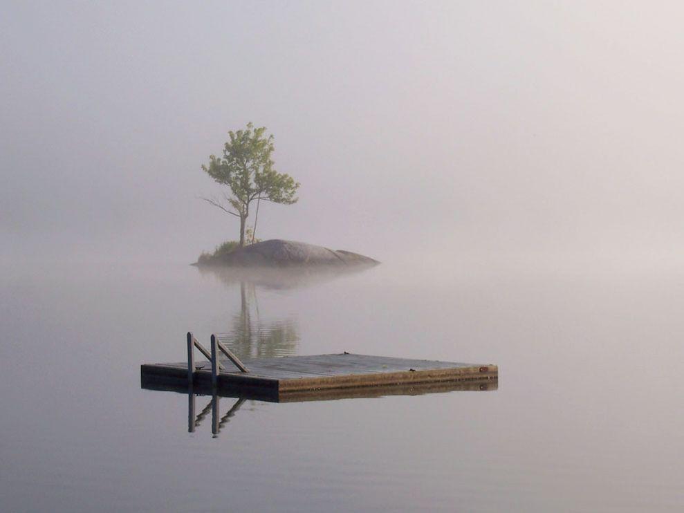 spitfire-lake-reflection_8628_990x742