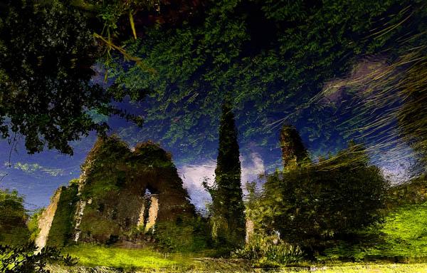 reflected_ruin_12